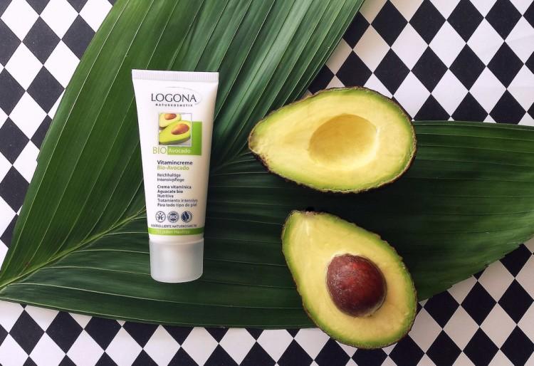 karosophies naturkosmetik blog logona bio avocado vitamin pflege grünes wunder erleben